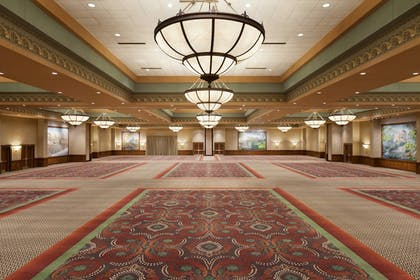 Ballroom   Chateau On The Lake Resort Spa and Convention Center