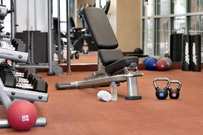 Fitness Facility   Chateau On The Lake Resort Spa and Convention Center