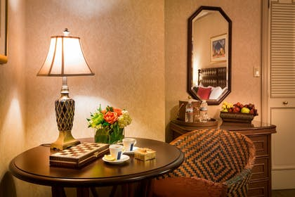 In-Room Dining | Casablanca Hotel by Library Hotel Collection