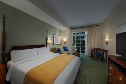 Guestroom | Marriott's Manor Club at Ford's Colony