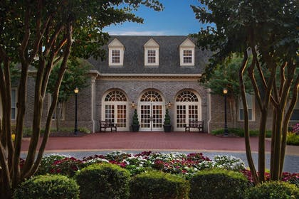 Exterior | Marriott's Manor Club at Ford's Colony