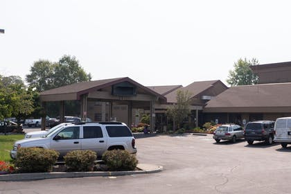 Hotel Front | Ruby River Hotel
