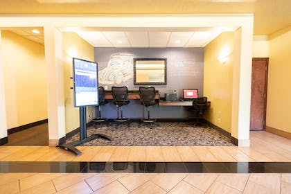Business Center | Ruby River Hotel