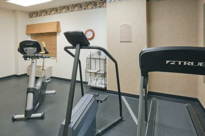 Fitness Facility | Holiday Inn Express Evansville West