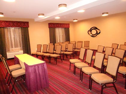 Meeting Facility | Holiday Inn Express and Suites Vineland Millville
