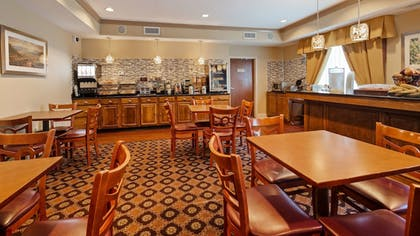Breakfast Area | Best Western Plus Hannaford Inn & Suites