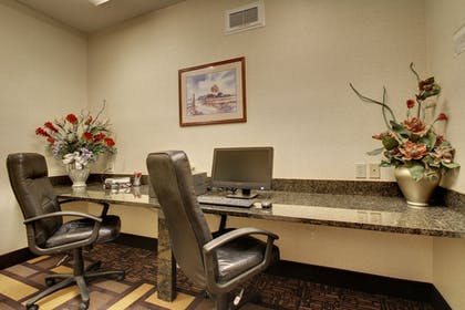 Business Center | Comfort Suites Castle Rock