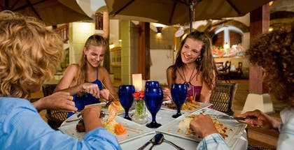 Outdoor Dining | Beaches Negril