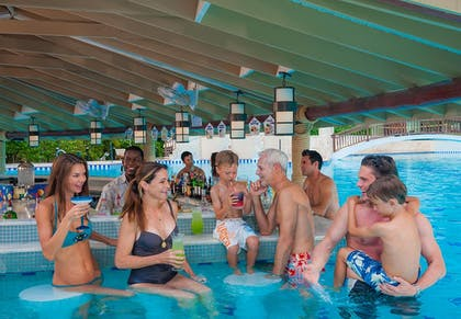 Poolside Bar | Beaches Negril