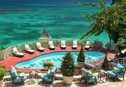 Outdoor Pool | Sandals Royal Plantation