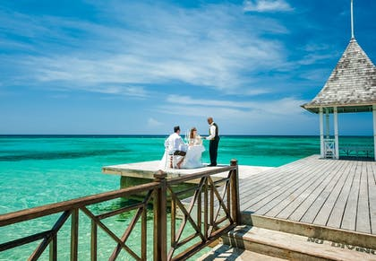 Couples Dining | Sandals Royal Plantation