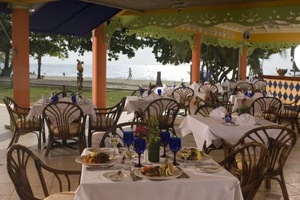 Restaurant | Grand Pineapple Beach Negril