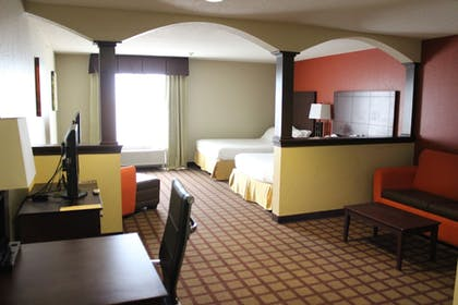 Guestroom | Holiday Inn Express Hotel & Suites Chicago-Algonquin