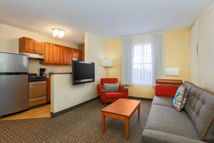 Guestroom | TownePlace Suites by Marriott Austin Arboretum/The Domain Area