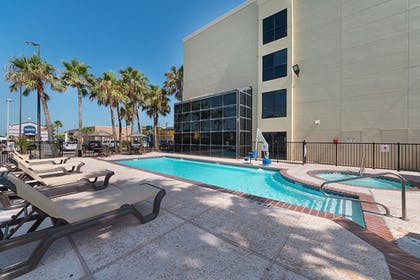 Pool | Comfort Suites South Padre Island