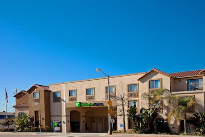 Exterior | Holiday Inn Express Hotel & Suites Hermosa Beach