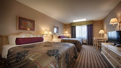 Guestroom | Best Western Borger Inn