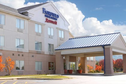 Featured Image | Fairfield Inn and Suites By Marriott St Charles