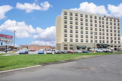 Exterior | Comfort Suites Schiller Park - Chicago O'Hare Airport