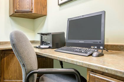 Business Center | Comfort Suites Schiller Park - Chicago O'Hare Airport