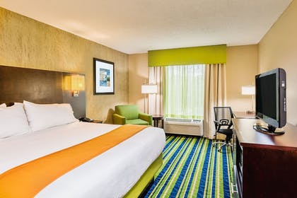 Guestroom | Holiday Inn Express Minden