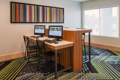 Business Center   Holiday Inn Express Hotel & Suites Columbia