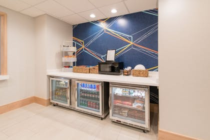 Hotel Interior   Holiday Inn Express Hotel & Suites Columbia