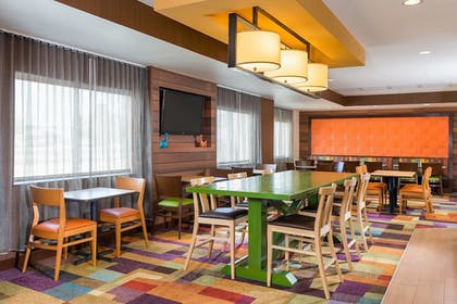 Lobby | Fairfield Inn & Suites Grand Rapids