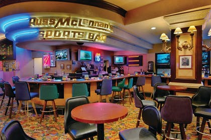 Sports Bar | Harrah's Lake Tahoe