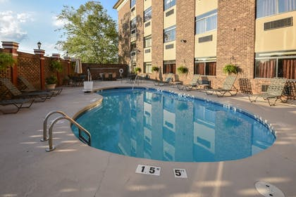 Outdoor Pool | Best Western Plus Pineville-Charlotte South