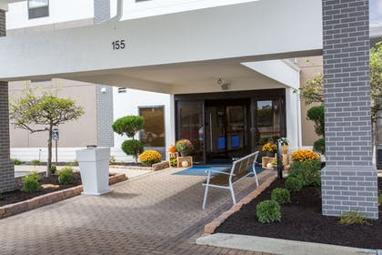 Featured Image | Holiday Inn Express Wilmington