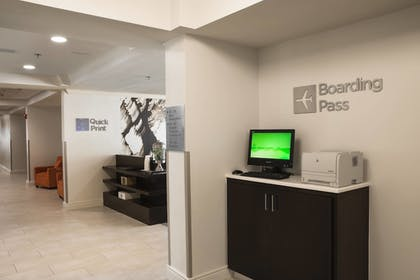 Business Center | Courtyard by Marriott - Naples