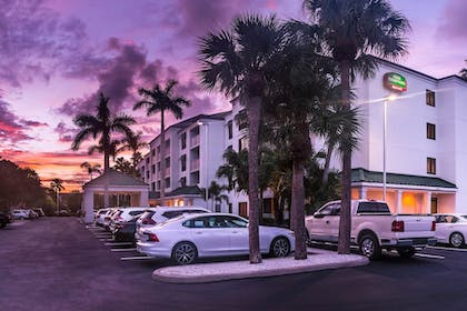 Exterior | Courtyard by Marriott - Naples