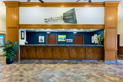 Reception | Oxford Suites Hermiston
