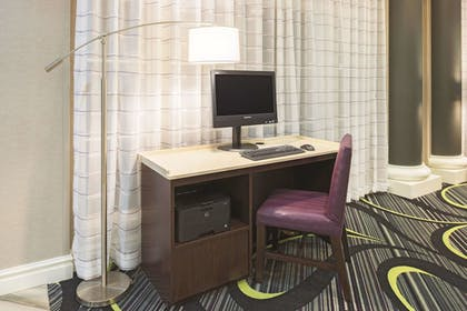 Business Center | La Quinta Inn & Suites by Wyndham St. Louis Westport
