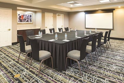 Meeting Facility | La Quinta Inn & Suites by Wyndham St. Louis Westport