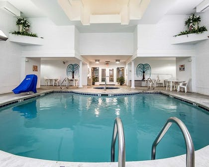 Indoor Pool   Clarion Inn Willow River