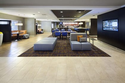 Lobby Sitting Area |  | Courtyard by Marriott Orlando East/UCF Area