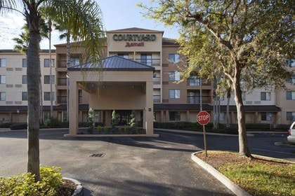 Hotel Entrance |  | Courtyard by Marriott Orlando East/UCF Area