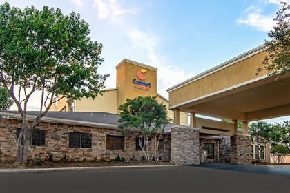 Featured Image | Comfort Suites NW Dallas Near Love Field