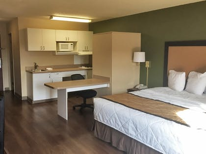 Guestroom   Extended Stay America - Detroit - Ann Arbor - Briarwood Mall