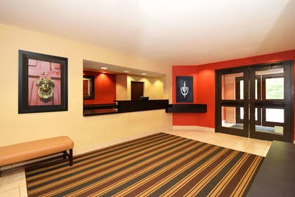 Lobby | Extended Stay America Appleton - Fox Cities