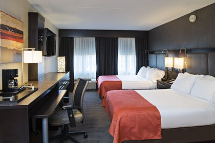 Guestroom | Holiday Inn Express & Suites Boston - Cambridge