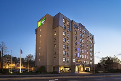 Featured Image | Holiday Inn Express & Suites Boston - Cambridge