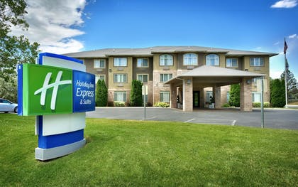 Hotel Front | Holiday Inn Express & Suites American Fork - North Provo