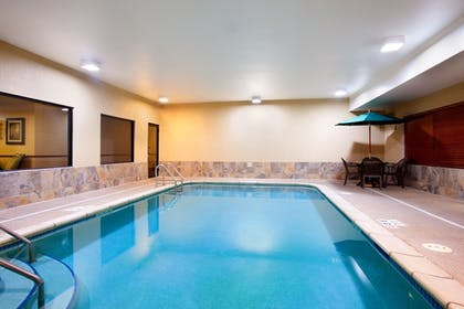 Pool | Holiday Inn Express & Suites Sycamore