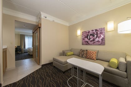 Living Area | SpringHill Suites San Antonio Downtown/Riverwalk Area