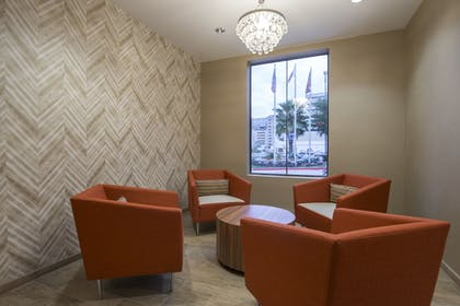 Lobby Sitting Area | SpringHill Suites San Antonio Downtown/Riverwalk Area