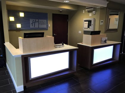 Reception | Holiday Inn Express Hotel & Suites St. Paul-Woodbury