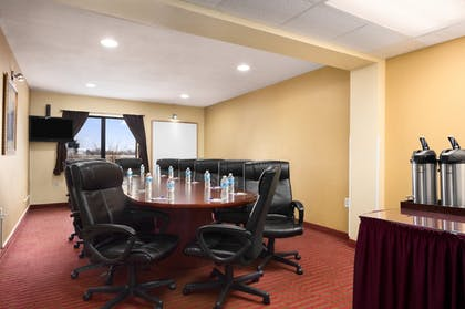 Meeting Facility | Baymont by Wyndham Springfield